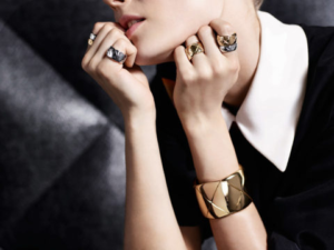 net-a-porter the Best Online Shops for Jewelry