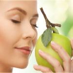 Smelling an apple prevents claustrophobia -surprising health facts
